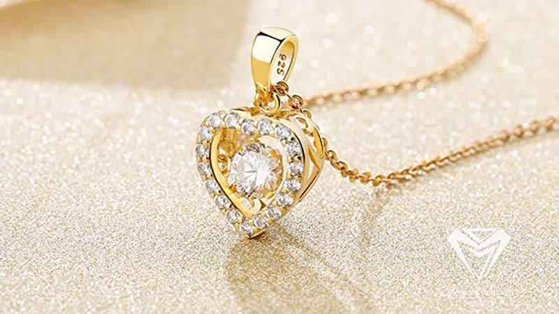 pendentif or femme
